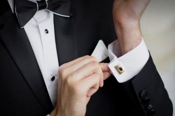 Cerimonia di sera: come si veste l'invitato perfetto